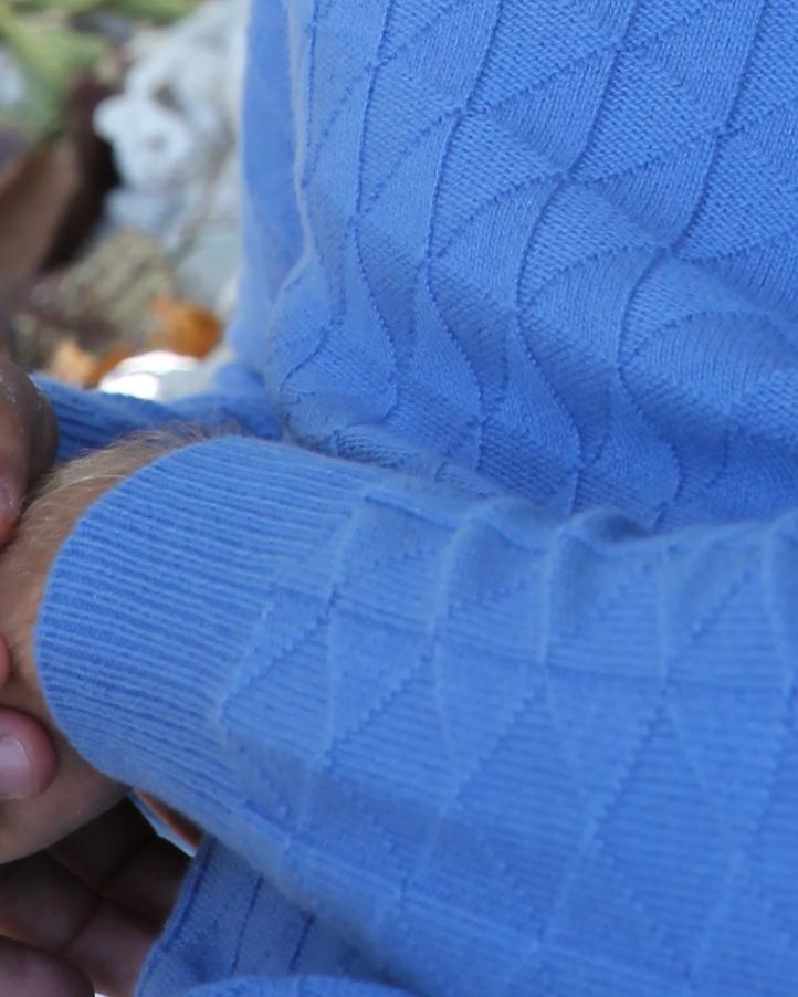 Pull bicolore col ouvert